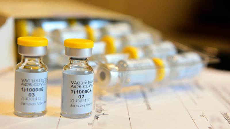 美國恢復兩家藥廠新冠疫苗測試