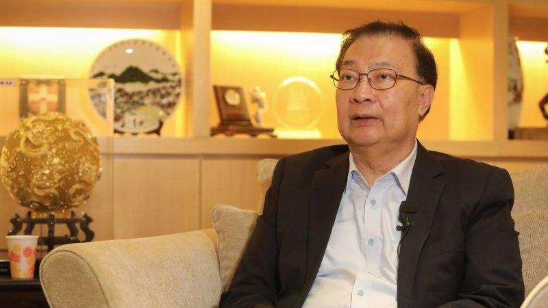 譚耀宗:已接種第一劑國藥疫苗 冀國產疫苗盡快供港