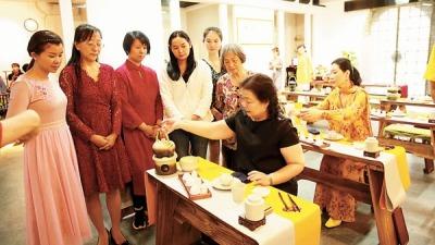 福建工夫茶引領南北品茶風尚 雅緻和諧蘊含生活美學