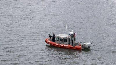 美墨西哥灣一船隻傾覆 致1人死亡12人失蹤