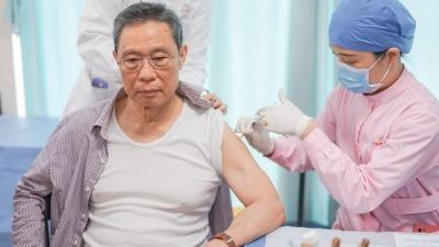 鍾南山接種國產新冠疫苗:感覺很好