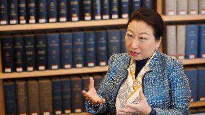 鄭若驊:中共創造性提出「一國兩制」 為國際法提供典範