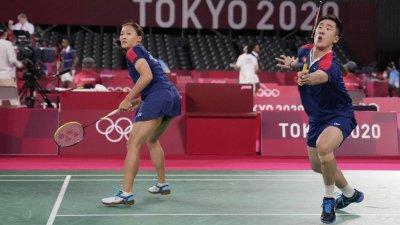 羽毛球混雙分組賽 鄧俊文謝影雪不敵國家隊組合