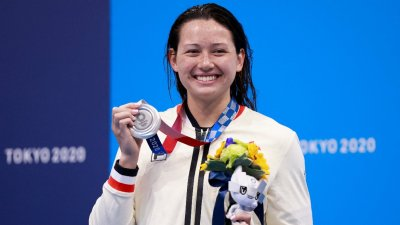 專訪丨港泳隊前總教練讚何詩蓓訓練刻苦抗壓能力強 盼超水平發揮再奪獎牌