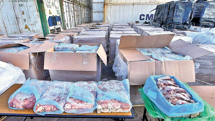 藏5600噸凍肉 警方食環署聯手破歷來最大非法凍房