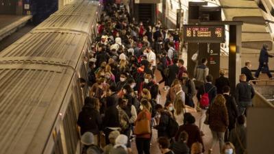 日製列車脫軌 華盛頓60%地鐵暫停
