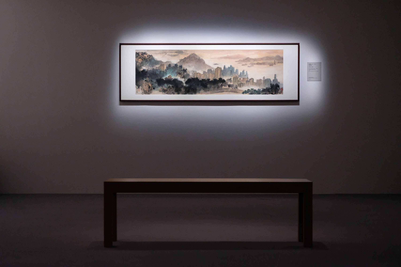 廣東畫家群體中,「折衷派」與「傳統派」營壘分明,從衝突走向調和,殊途而同歸,相互補足了20世紀廣東畫壇的全貌,影響一直南延至香港,為早期香港藝術植下萌芽的種子,也為中國近代繪畫史寫下重要篇章。(大公文匯全媒體記者麥鈞傑攝)