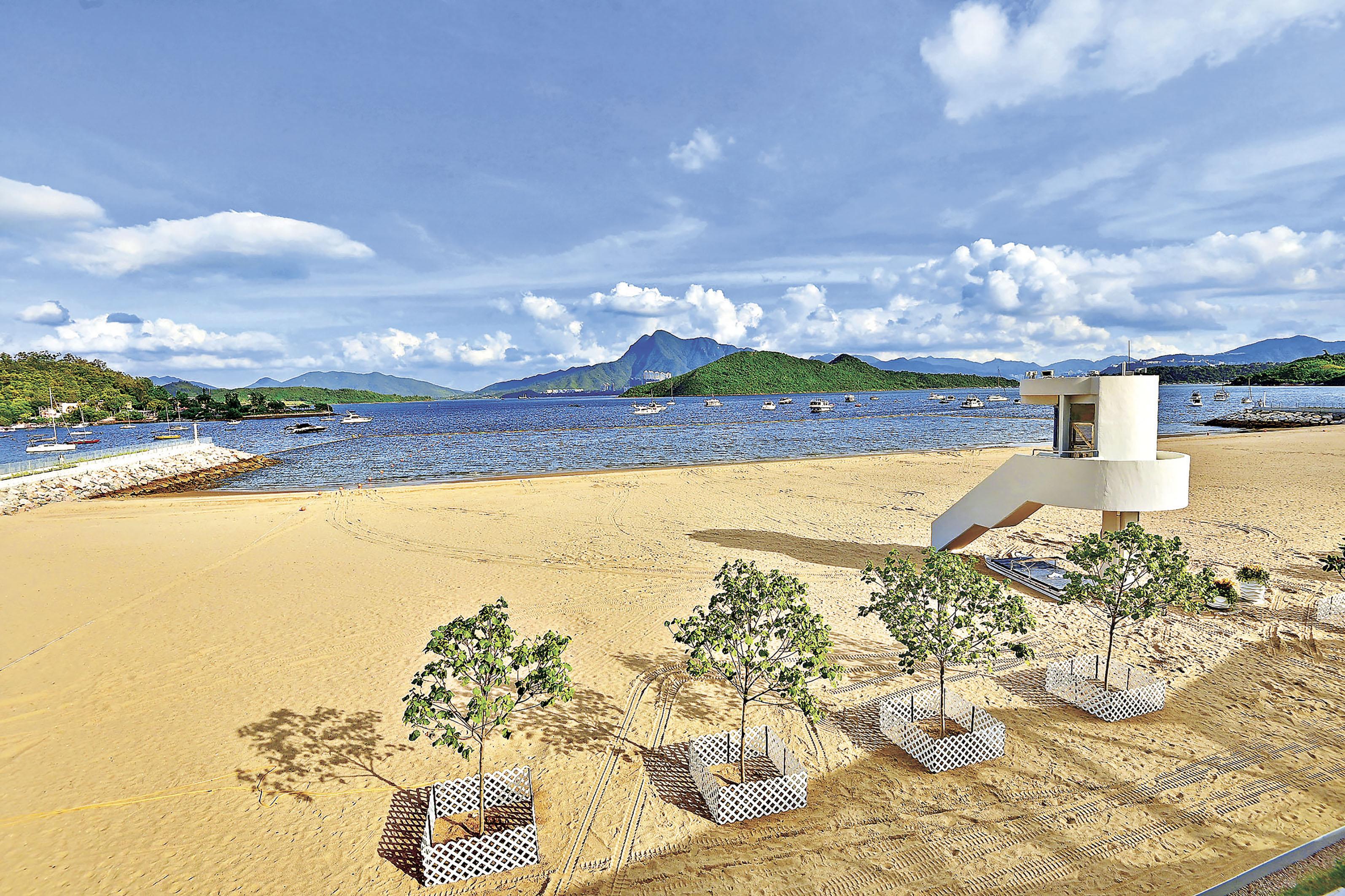 ■被譽為「日落絕美打卡點」的大埔龍尾泳灘。