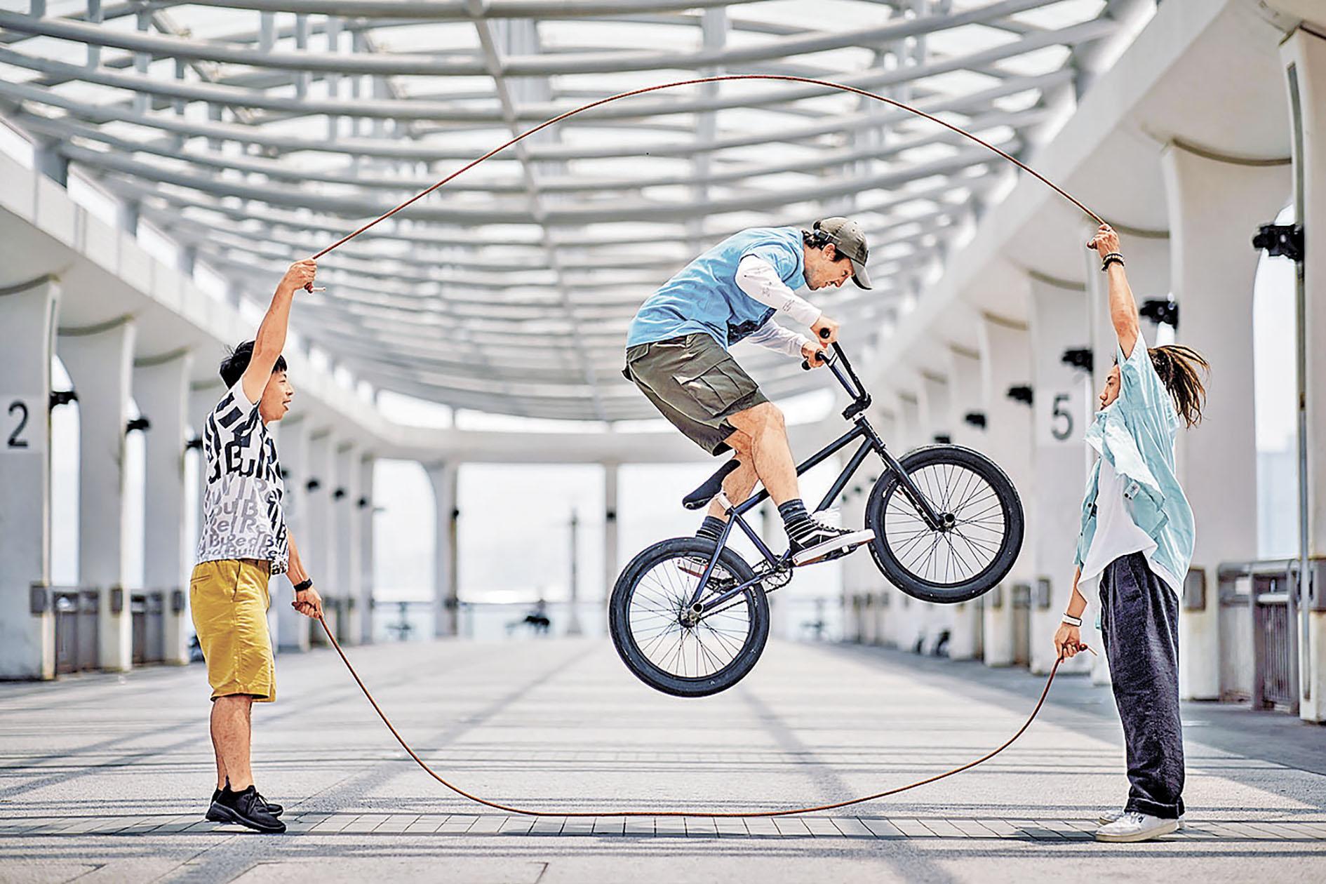 ■跳繩是夏日最佳消脂活動。